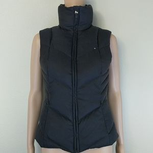 [Tommy Hilfiger] Black zip up puffer vest XS